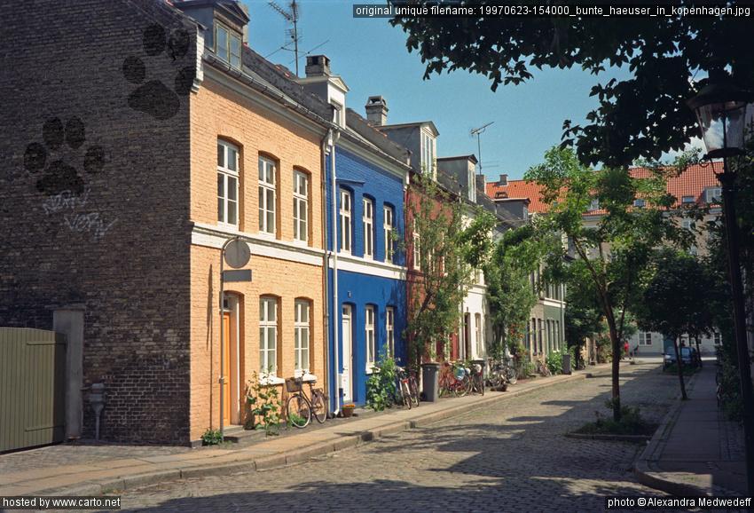 bunte h user in kopenhagen kopenhagen k benhavn juni 1997. Black Bedroom Furniture Sets. Home Design Ideas
