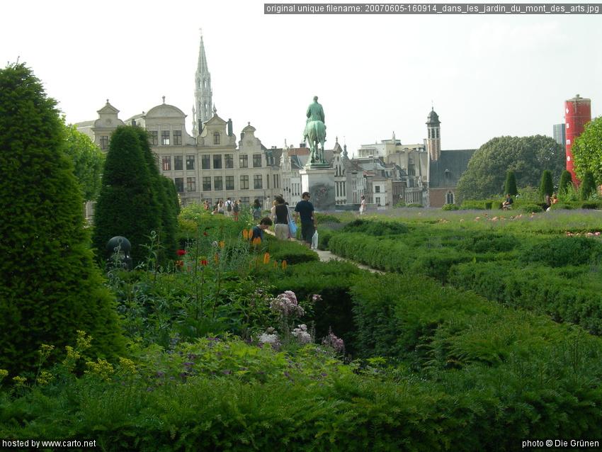 Dans les jardin du mont des arts excursion bruxelles for Architecte de jardin bruxelles