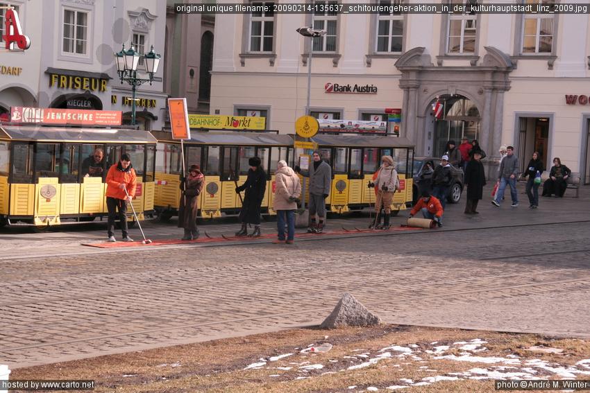 SchitourengeherAktion in der Kulturhauptstadt Linz 2009