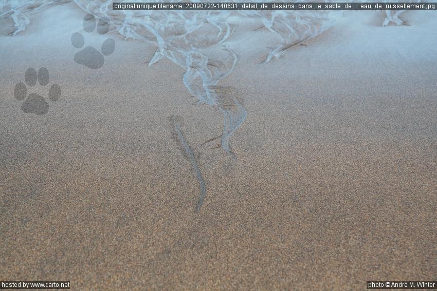 d tail de dessins dans le sable de l 39 eau de ruissellement plage de skar sv k et phare de. Black Bedroom Furniture Sets. Home Design Ideas