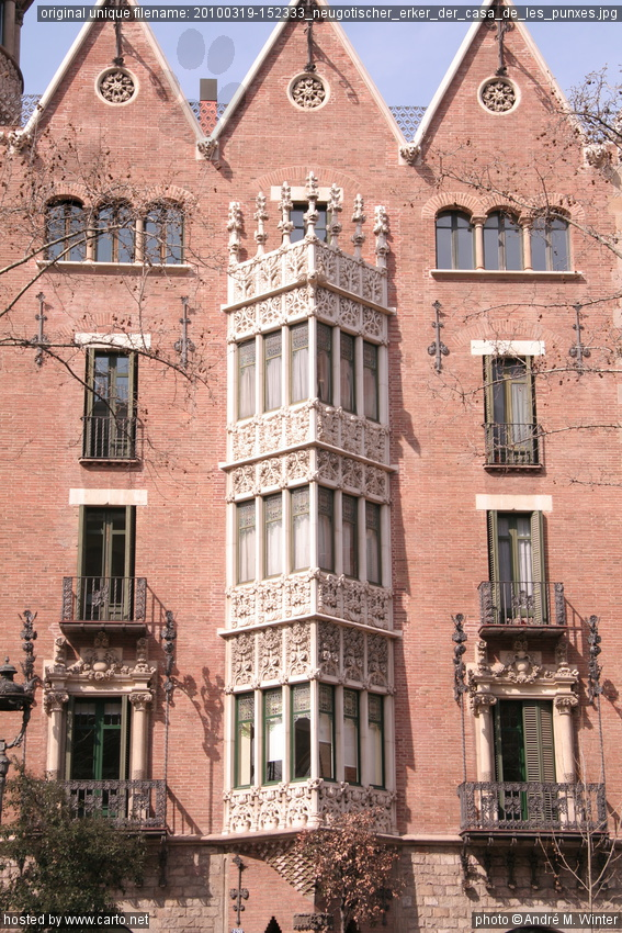 Neugotischer erker der casa de les punxes eixample m rz 2010 - Casa de las punxes ...