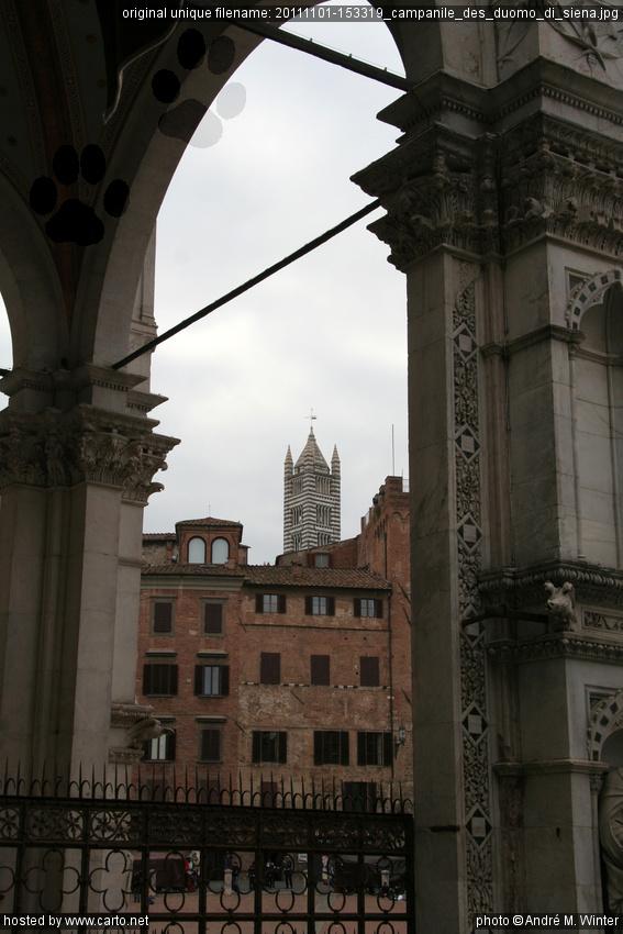 Campanile des Duomo di Siena (Siena - November 2011)