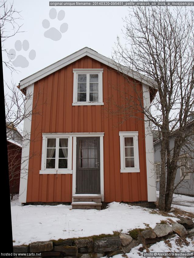 Petite maison en bois mosj en mosj en et bloqu s sur la route e6 majavatn mars 2014 - Petite maison en bois ...